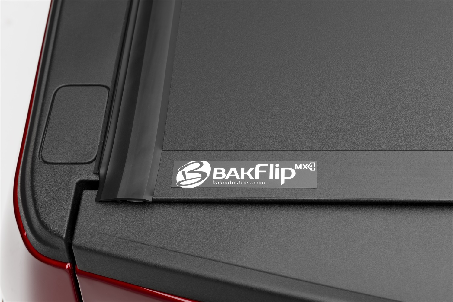 bak bakflip-mx4 10bk_mx4_ford_detail_cornerdetail_h
