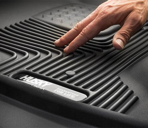 husky x-act contour series floor mat grooves